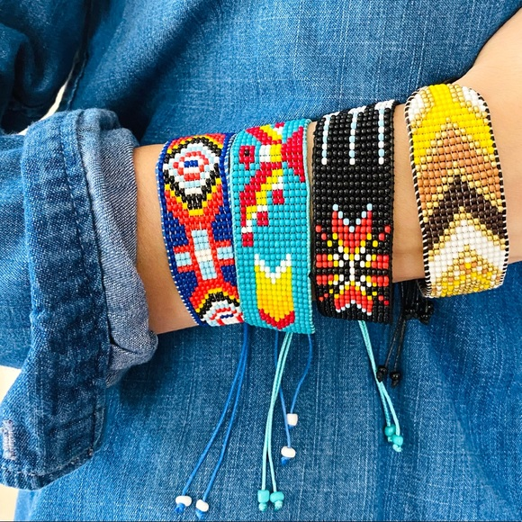 NWT bundle of 4 beaded boho hand-woven bracelets